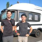 Auf dem Weg durch Albanien (AL) zwei Studenten auf Balkan-Tour