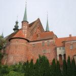Frombork (PL) – Domburg vom Haff aus gesehen