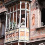 Brügge (B) – Puppe hinterm Fenster
