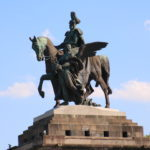 Koblenz (D) – das Deutsche Eck (Reiterstandbild des ersten Deutschen Kaisers Wilhelm I)