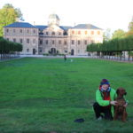 """Rastatt (Schloss Favorite) – """"Gräfin"""" Lisa und ihre Zofe"""