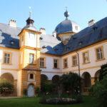 Memmelsdorf – Schloss Seehof – im Schlosshof