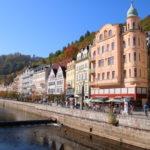 Karlsbad (Karlovy Vary) (CZ) – Boulevard in der Innenstadt