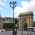 Bordeaux (F) – Porte de Bourgogne (ehemaliges Stadttor gegenüber der Brücke Pont de pierre)