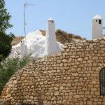 Guadix (E) – Bekannt durch die Höhlenwohnungen (man sieht fast nur Schornsteine)