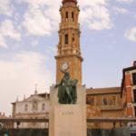 Saragossa (E) –  Goya – Standbild vor der Kathedrale