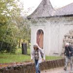 Salzburg (A) – Schloss Hellbrunn – (Wasserspiele: auch die Zuschauer werden nicht verschont)