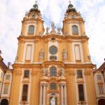 "Melk (A) – Westfassade der Stiftskirche ""St. Petrus und Paulus"""