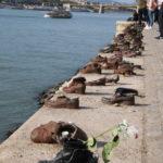 Budapest (H) – Schuhe am Donauufer (Mahnmal zur Erinnerung an die Pogrome an Juden)
