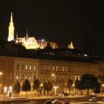 Budapest (H) – Die Fischerbastei bei Nacht