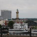 Rostock (D) – Einfahrt in den Hafen