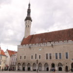 Tallinn (EST) – Gotisches Rathaus im Altstadtzentrum