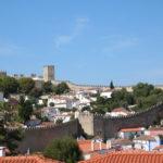 Óbidos (P) – Die Stadtmauer ist völlig erhalten und rundherum begehbar