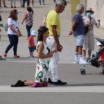 Fátima (P) – Viele Gläubige rutschen auf Knien zum Heiligtum von Fátima