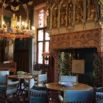 Loppem (B) – Das Schloss Loppem (Architektur und Interieur sind bis heute in ihrem Ursprung erhalten)